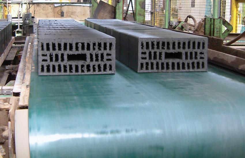 horizontal conveyors